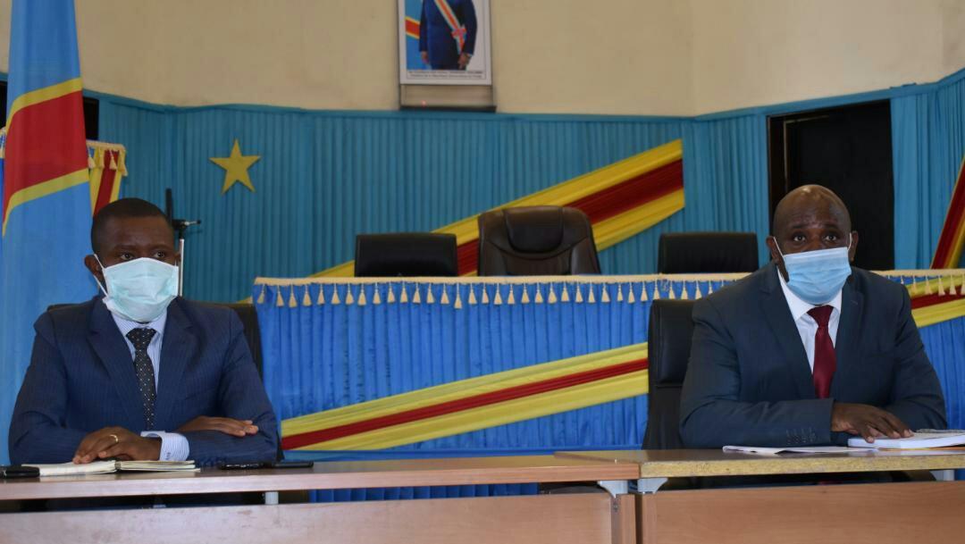 RDC-Covid-19: le Gouverneur et le président de l'assemblée provinciale du Nord-Kivu coprésident une réunion évaluative interinstitutionnelle des mesures prises par le Chef de l'Etat dans le cadre de l'État d'urgence