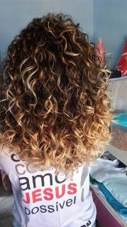 cheveux bouclés 2c