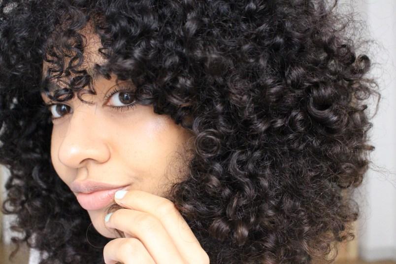 bonnes raisons assumer cheveux frisés