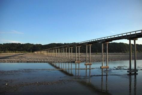 「世界最長の木造歩道橋」でパワースポットの蓬萊橋(静岡県島田市)