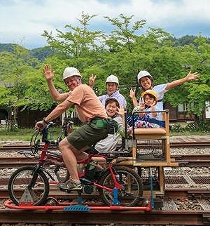 2階建てシートセット(ハイブリッド車 + 2階建てシート) レールマウンテンバイク Gattan Go!! - 自転車とレールで風になる、岐阜県飛騨市のロストライン・アクティビティ!から引用
