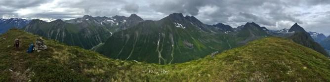 Klokksegga summit view (1/2)