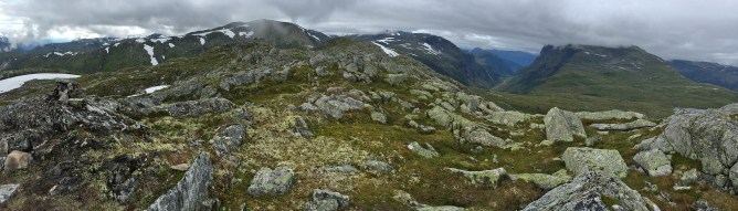 On the ridge plateau