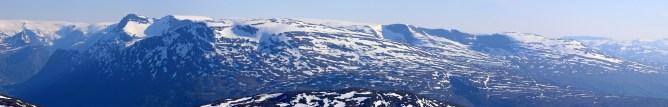 Ceciliekruna and parts of Myklebustbreen glacier