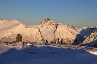 Skiers on Melshornet