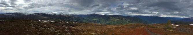 Summit panorama (2/2)