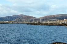 The bridge to Nerlandsøya