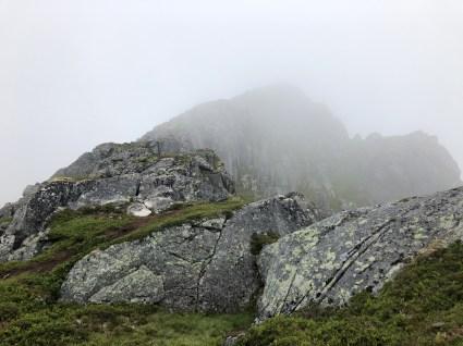 The ridge to Saupstradtinden