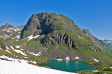 Lake 328m
