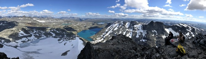 Iphone8 panorama from Falketind 2/2