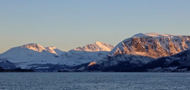 Mountains above Rovdefjorden