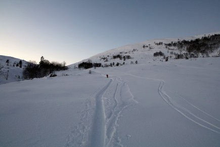 Heading towards the mountain...