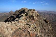 On the ridge towards Cardon