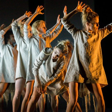"""Rambert in """"Tomorrow"""" by Lucy Guerin. Photograph by Johan Persson"""
