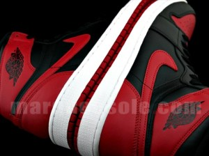 bred-air-jordan-1-retro-high-og-01-570x427