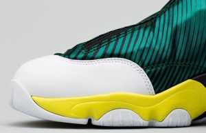 nike-air-zoom-flight-the-glove-sole-collector-sonic-wave-3