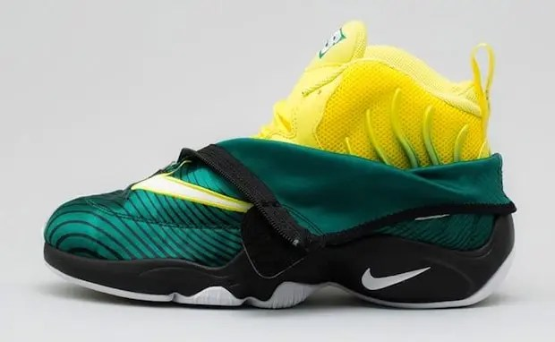"""d2202140f1c6 Hot or Not  Sole Collector x Nike Air Zoom Flight The Glove """"Sonic ..."""