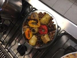 Gefüllte Paprika und Oliven