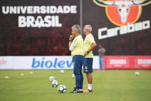 Tentando fechar ferida e voltar aos trilhos, Flamengo visita a Ponte Preta