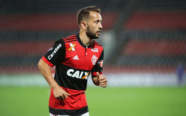 Everton Ribeiro explica mudança no esquema de jogo do Flamengo com Carpegiani
