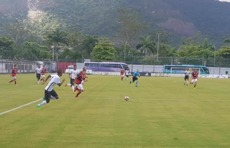 Com um a menos, Sub-20 derrota Resende e continua 100% na Taça Guanabara