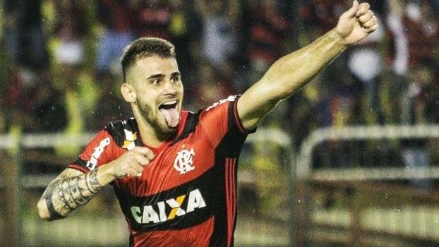Flamengo x Felipe Vizeu: a complicada relação entre clube e atacante não começou agora