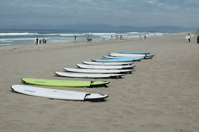 Therapy on the sands at the Jimmy Miller Foundation in California. (© Jimmy Miller Foundation)