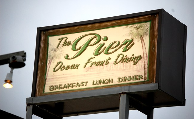 flagler beach pier restaurant