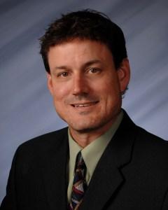 KENNETH M. TOWE, MD, FACC