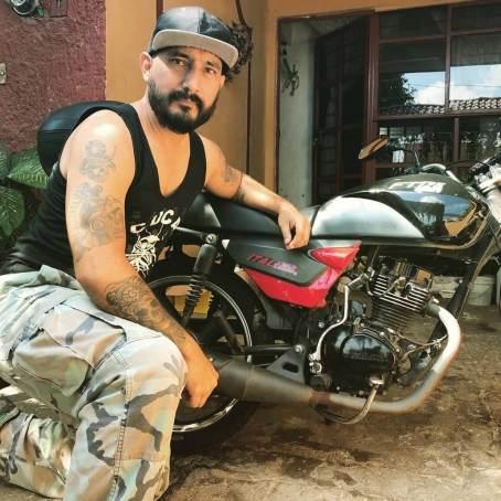 el flamas mecanico de motos