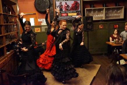 Noite de tablado flamenco em Campinas com a bailaora Lu Garcia