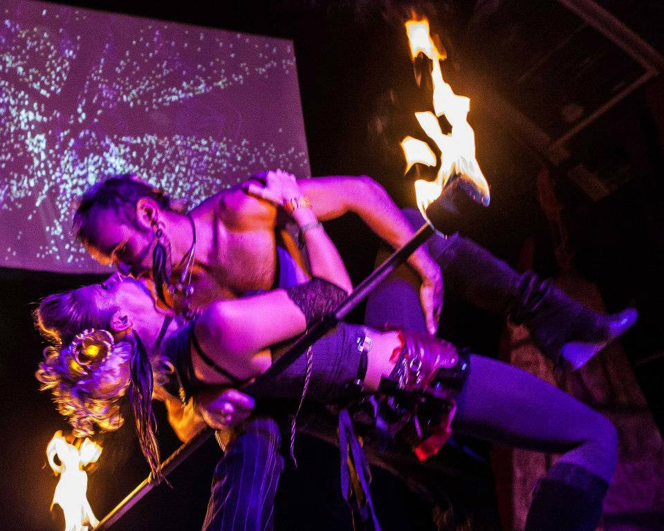 Los Angeles Fire Dancers Lester & Samantha Flamewater Circus (1)