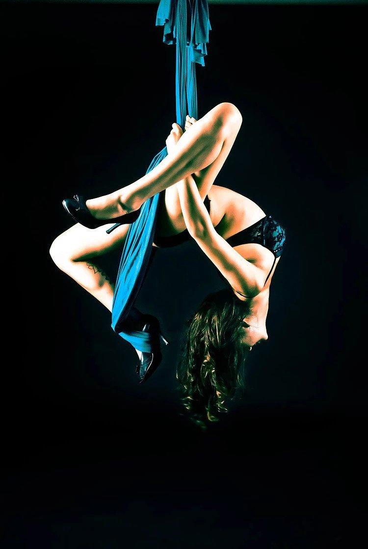 Vancouver Aerial Silks Circus Performer Kosmic Kitty Flamewater Circus