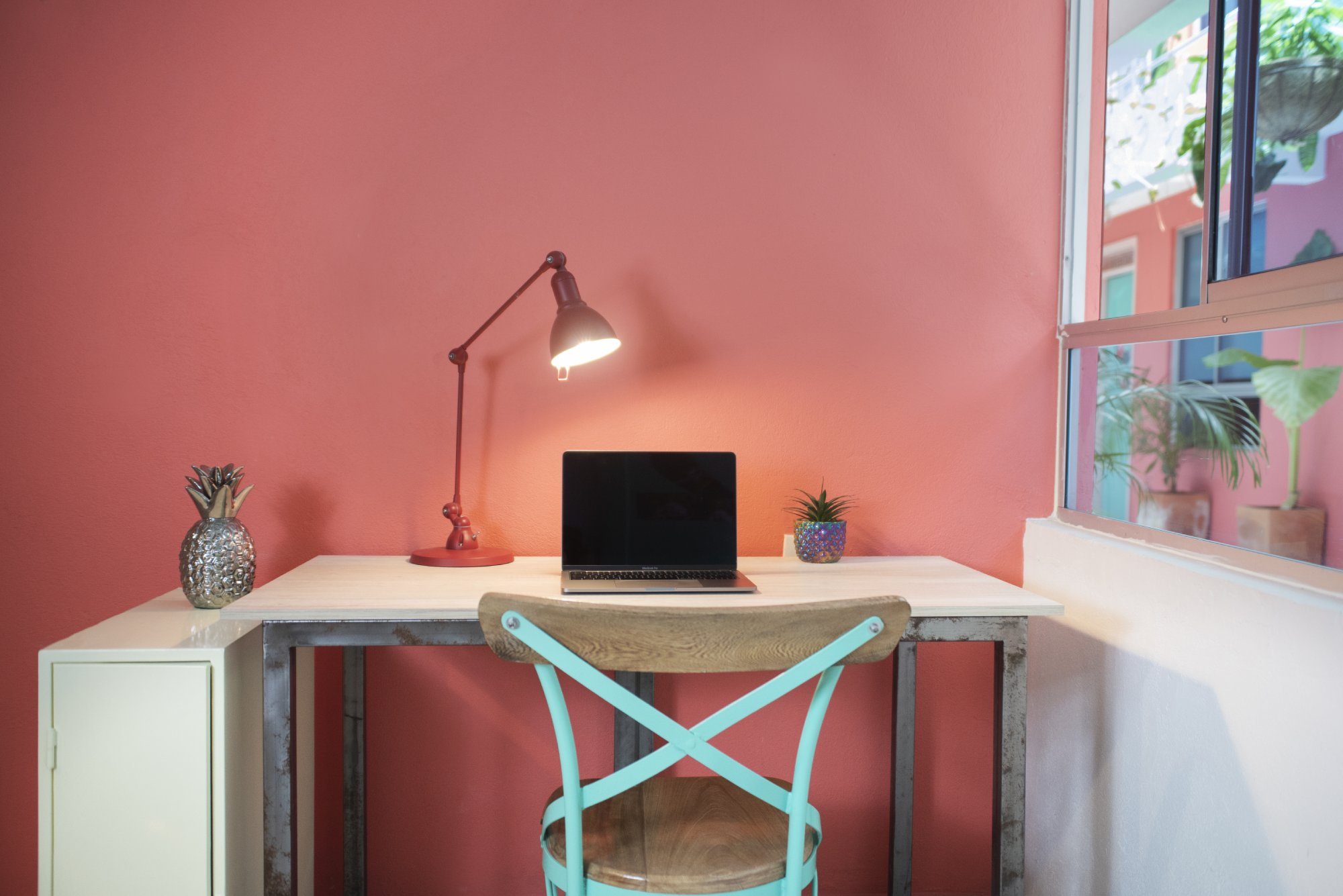 Personal Desk in private rooms at Flamingo Coworking & Coliving in Santa Marta Colombia