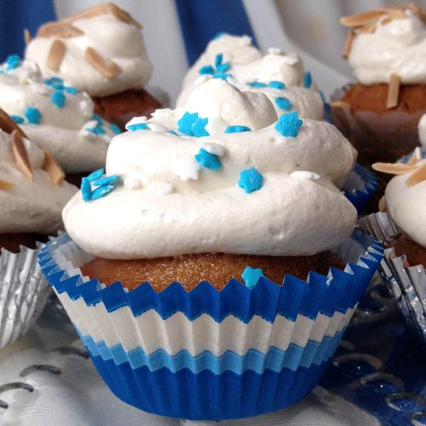 honey_cupcake_5503_600