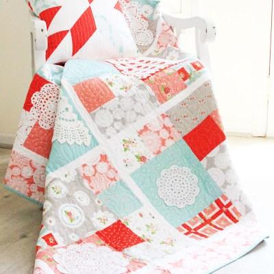 Vintage Doily Keepsakes Quilt – Free Pattern!