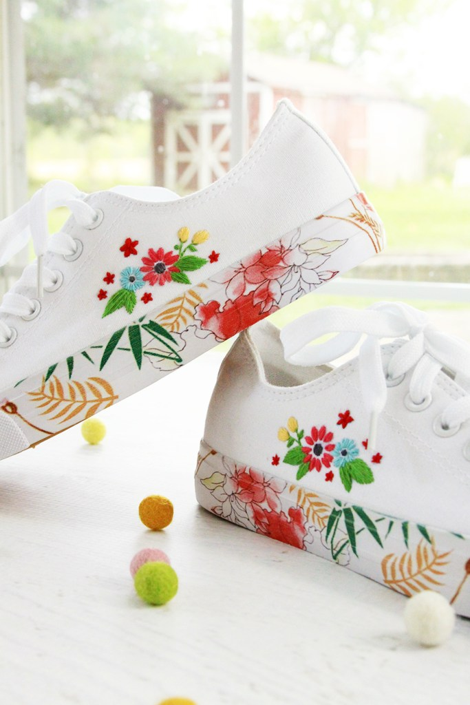 2019 Top Ten Quilting and Sewing Projects! by popular Tennessee quilting blog, Flamingo Toes: image of embroidered canvas shoes.