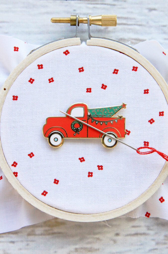 Christmas Tree Truck Magnetic Needle Minder