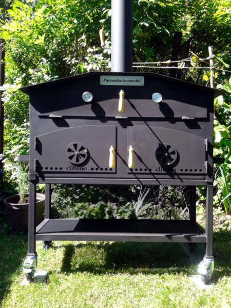 Flammkuchen-Mobil-Grossofen-Holzbackofen-Sonderanfertigung