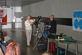 Demonstrating set-up of a 'Go-to' telescope