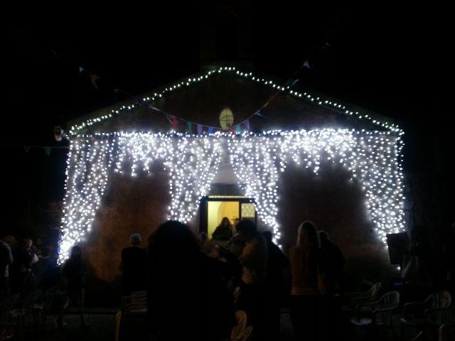 La chiesa seicentesca del Carmelo illuminata a festa... Ozieri