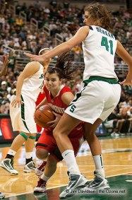 Allyssa DeHaan dans la raquette pour Michigan State Spartans (c) Jim Davidson - the Ozone net