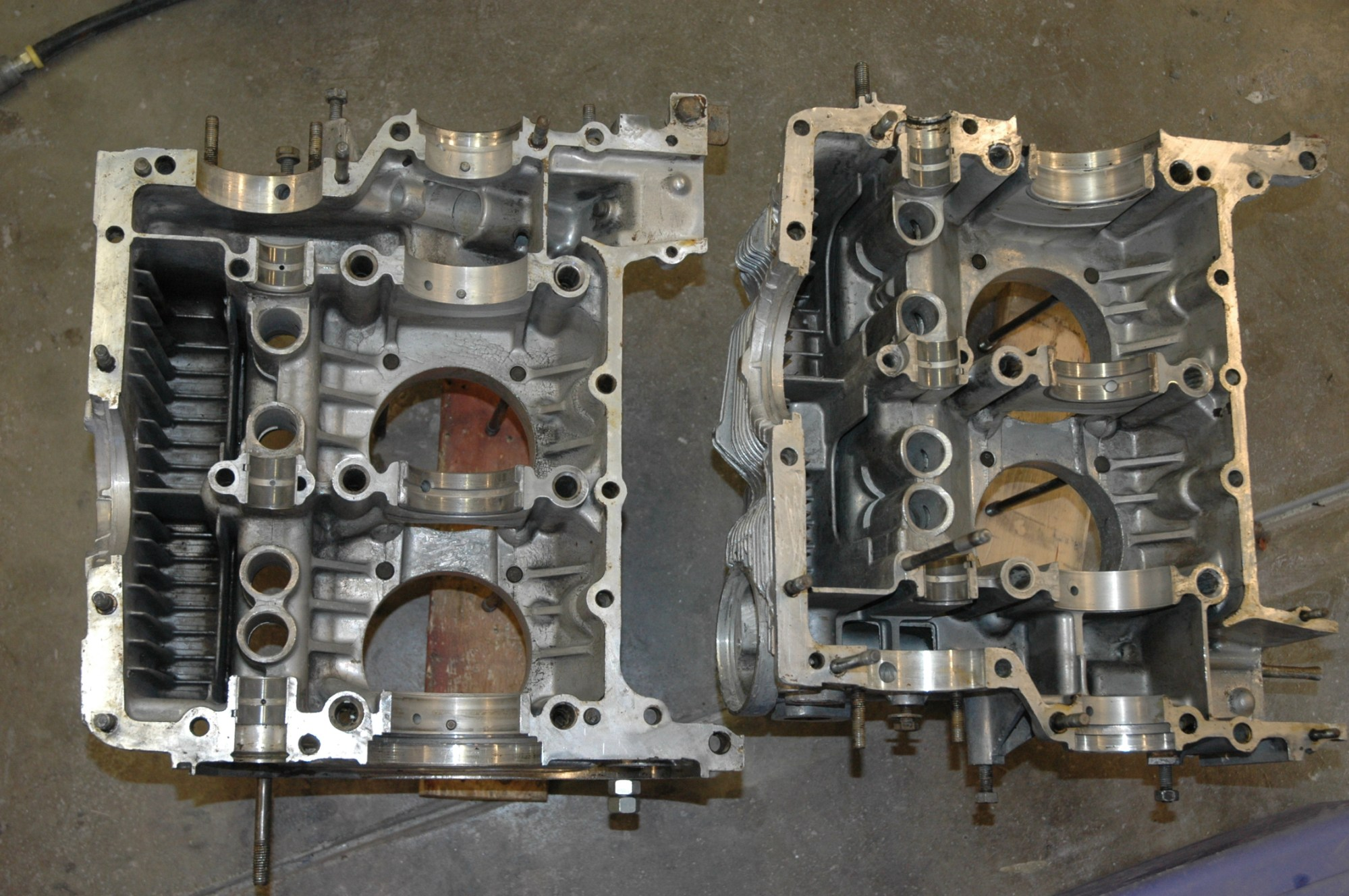 hight resolution of porsche 2 0 engine case halves cleaned for assembly