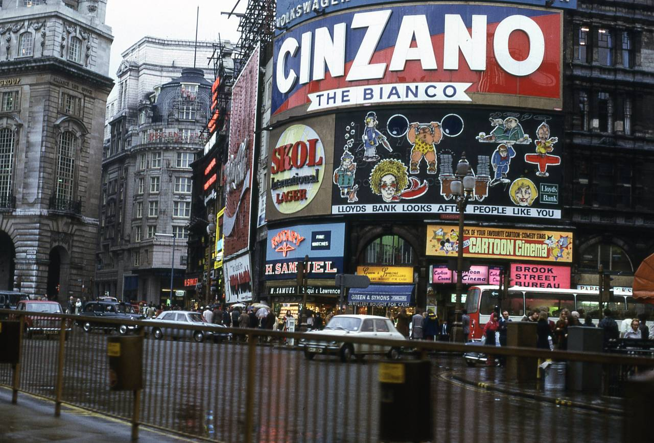 Glorious Colour Photographs of London in 1972