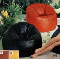 What Size Bean Bag Chair Do I Need Table With 4 Chairs The Comfy Sacks Of Seventies Flashbak Has Its Origin In 1968 As Sacco Shapeless It Was Creation Three Italian Designers Piero Gatti Cesare Paolini And
