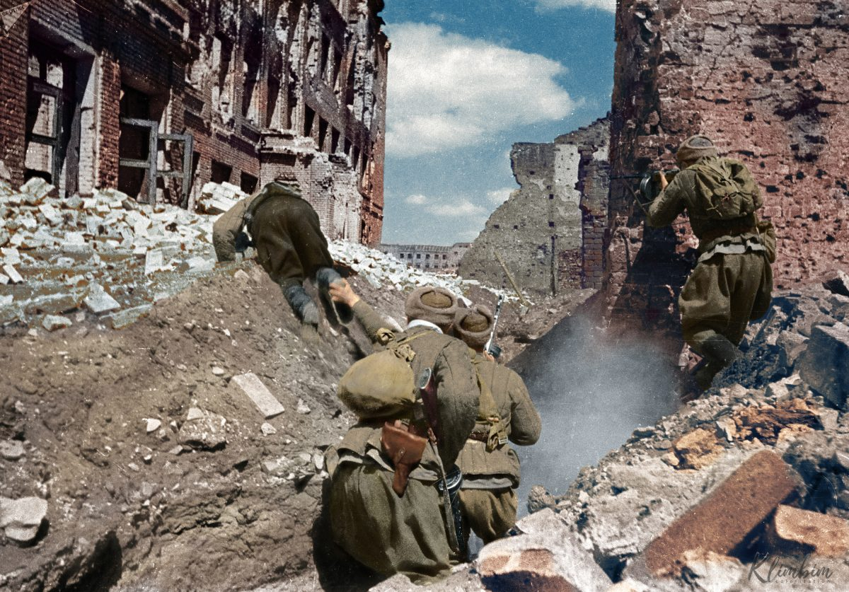 Wonderful Colorized Portraits Of Russian Fighters In World