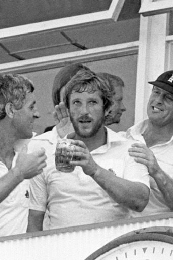 The Ashes In Pictures A Brief History Of Smoking