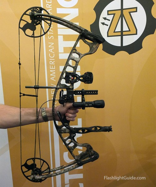 Elzetta Compound Bow flashlight mount SHOT Show 2015
