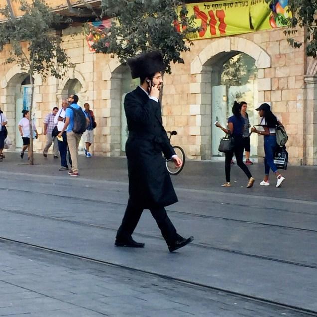 Hasidic Jewish man wearing a Shtreimel