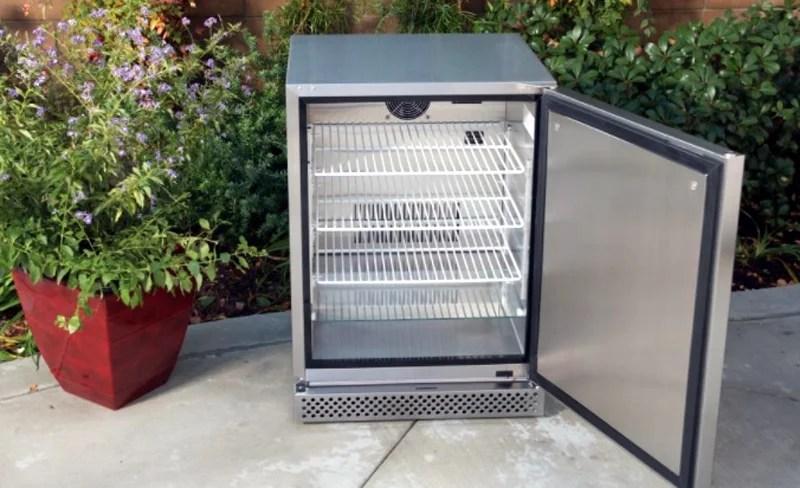 Bull 13700 outdoor refrigerator